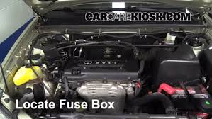replace a fuse toyota highlander toyota replace a fuse 2001 2007 toyota highlander 2004 toyota highlander 3 3l v6