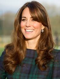 Kate Middleton Hairstyles: Sunny Long Curls - Kate-Middleto-Hairstyles-Sunny-Long-Curls