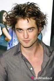 Betygsätt frisyr - Robert Pattinson - pattinson1mj409