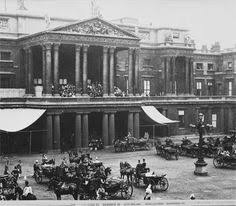 「Victoria moved to buckingham palace, 1837」の画像検索結果