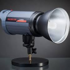 Обзор <b>студийной</b> вспышки <b>Falcon</b> Eyes TE-300BW