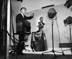 horst photographer of style about the exhibition victoria and horst directing fashion shoot lisa fonssagrives 1949 photo by roy stevens time