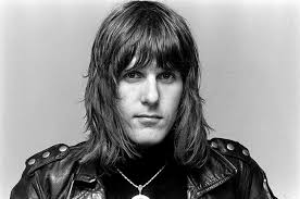 Keith Emerson of <b>Emerson</b>, <b>Lake</b> & <b>Palmer</b> Dead at 71 of Suicide ...
