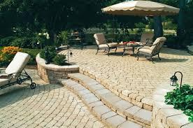 decoration pavers patio beauteous paver: paver steps patio raised pavers patio with landing steps and planter creates beautiful