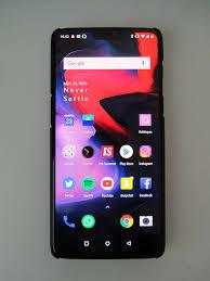 <b>OnePlus 6</b> - Wikipedia