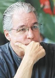 El cantautor nicaragüense Luis Enrique Mejía Godoy expresó hoy su consternación por el asesinato, en Guatemala, del trovador argentino Facundo Cabral y ... - 288x318_1259963857_5-Luis%2520Enrique%2520mejia%2520g11