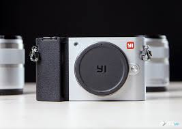 <b>Yi</b> M1: обзор первой беззеркальной камеры от <b>Yi</b> Technology ...