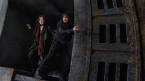 Review: '<b>Mortal Engines</b>' Runs Out of Gas : NPR