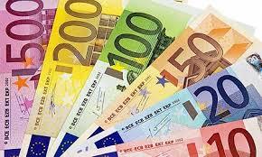 Risultati immagini per immagini di denaro contante