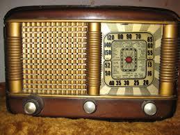 Resultado de imagen para radios antiguas de valvulas