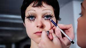 <b>Marc Jacobs's</b> Spring 2020 <b>Beauty</b> Look Was an Ode to Individuality ...