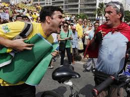 Resultado de imagem para Imagens de manifestações contra o PT