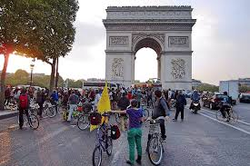 Image result for arc de triomphe empty no cars