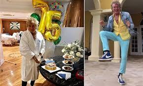 <b>Rod Stewart</b> celebrates 75th birthday despite battery charge | Daily ...