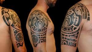 Risultati immagini per tatuato parte destra