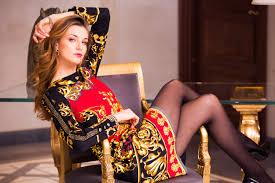 <b>Elisa Fanti</b> — Unique Style for Unique Women: definitely Made-in ...