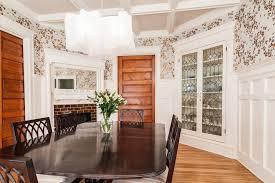 corner dining chair
