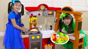 Jannie & Emma <b>Pretend Play</b> w/ <b>Kitchen</b> Restaurant <b>Cooking Kids</b> ...