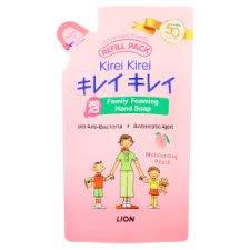 <b>Kirei Kirei</b> Moisturizing Peach Refill <b>Family</b> Foaming Hand Soap 200ml