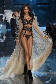so last night was the victoria 39 s secret fashion show 41 victoria 39 s secret models show what they look like without makeup