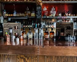 <b>Valentine</b> Distilling | Small-Batch Spirits Made in Detroit