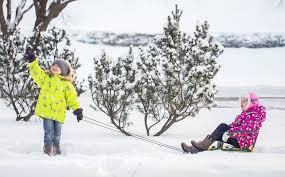 Как правильно одеть ребенка зимой?