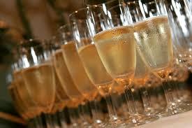 Afbeeldingsresultaat voor afbeeldingen champagneglazen