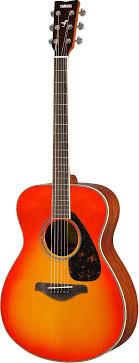 <b>Yamaha FS820</b> AB <b>акустическая гитара</b>