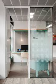 browse and discover thousands of office design and workplace design photos tagged and curated to make your search faster and easier charming office design sydney