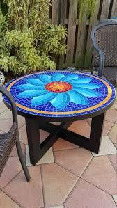 Artículos similares a Mesa de mosaico en Etsy | <b>Mosaic</b> glass ...