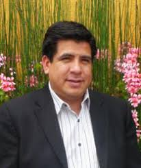 Hugo Hernandez, Director of Events and Marketing for El Clasificado. I joined this team because I believe in its corporate leadership, distribution and ... - gI_75225_Hugo%2520Hernandez