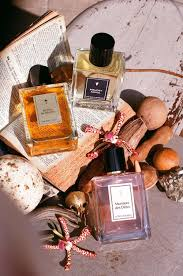 <b>Une Nuit</b> Nomade: Parfums   Nomadisme Olfactif