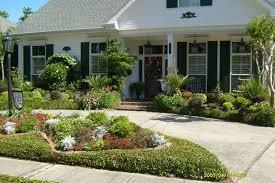Landscape Arrangements for your House    s Front   Gardening flowers    Front house landscape