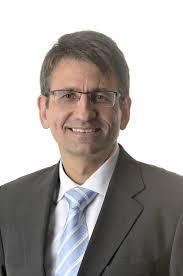 Oliver Kraft (oben) ist neuer DB Netz-Chef, <b>Ralph-Peter Hänisch</b> (unten) sein <b>...</b> - DB-Kraft_01