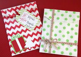 lovely little life diy christmas gift card holders ingredients treat bags printable tags baker s twine embellishments