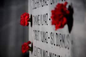 Marmara depreminin 18. yılında ölenler anıldı