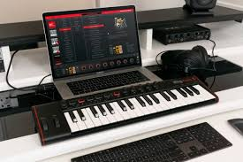 <b>IK Multimedia iRig</b> Keys 2 – универсальная USB/ <b>MIDI</b>-<b>клавиатура</b> ...