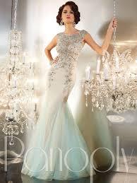 hollywood glamour:  old hollywood glamour wedding dresses vintage