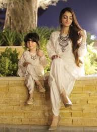 Same <b>mother daughter dress</b> | Sarees | Latest bridal <b>dresses</b> ...