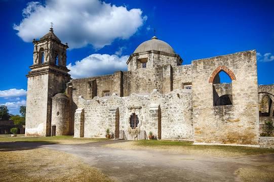 garage door repair near San Antonio Missions National Historical Park