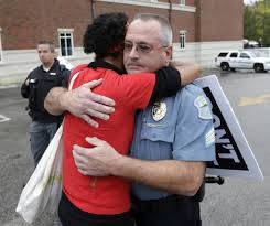 i don t want to hate you i d rather hug you kindness blog sister dragonfly approached a ferguson officer