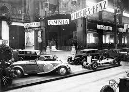 the great gatsby definitely flappers bobs bootleggers the harlem renaissance middot cool cars