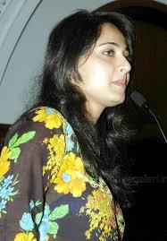 Actress Anushka @ Vaanam Pressmeet Stills Photo Gallery   New Movie Posters - Anushka_Vaanam_Movie_Pressmeet_Stills_05