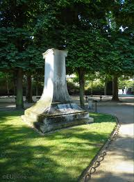 photos of stendhal monument in gardens paris page  stele monument dedicated to stendhal