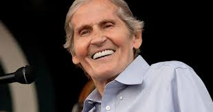 Levon Helm, Drummer and Singer of the Band, Dead at 71 - Rolling ...