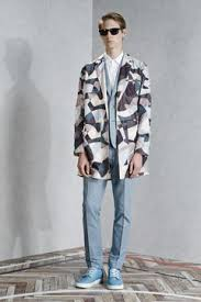 <b>Viktor &amp</b>; <b>Rolf</b> Monsieur Menswear Spring Summer 2015 Paris