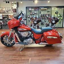 2019 Indian Motorcycle® Chieftain® Limited Ruby Metallic ...