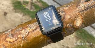 <b>Amazfit Bip S</b> review: A good fitness watch marred by bad connectivity