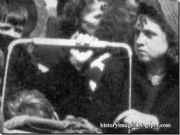 День защиты прав человека в Симферополе: в центр нагнали силовиков, крымским татарам запретили митинг, журналистам - снимать - Цензор.НЕТ 6290