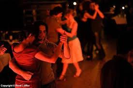 Hobby - Tango - Benjamin Wand - Man ist beim Tango ehrlicher und ... - thumb_500x375_2513_tango-hobby-2jpg